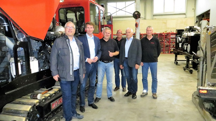 Firmenbesuch Dr. Patrick Sensburg bei AT Boretec in Schmallenberg